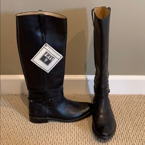 FRYE boots never worn size 8.5